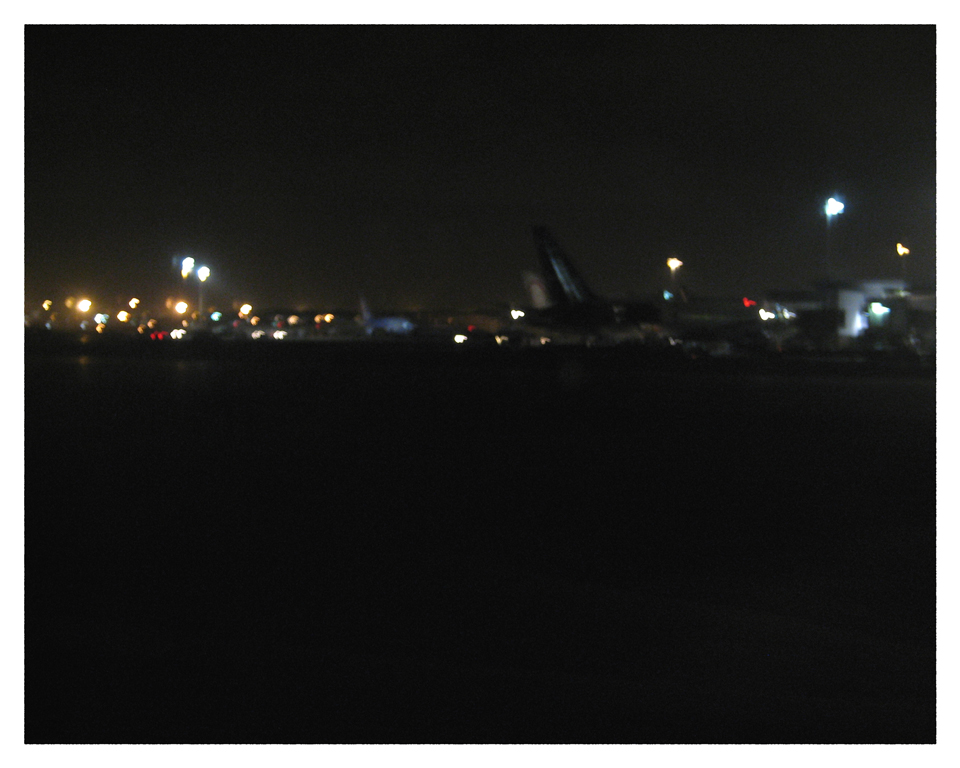 11.newark.nightplanes
